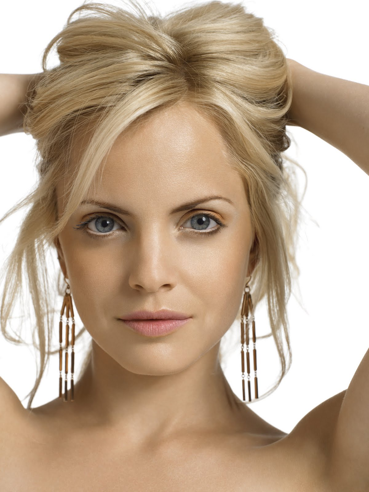 The Astounding Short Blonde Hairstyles For Women Image