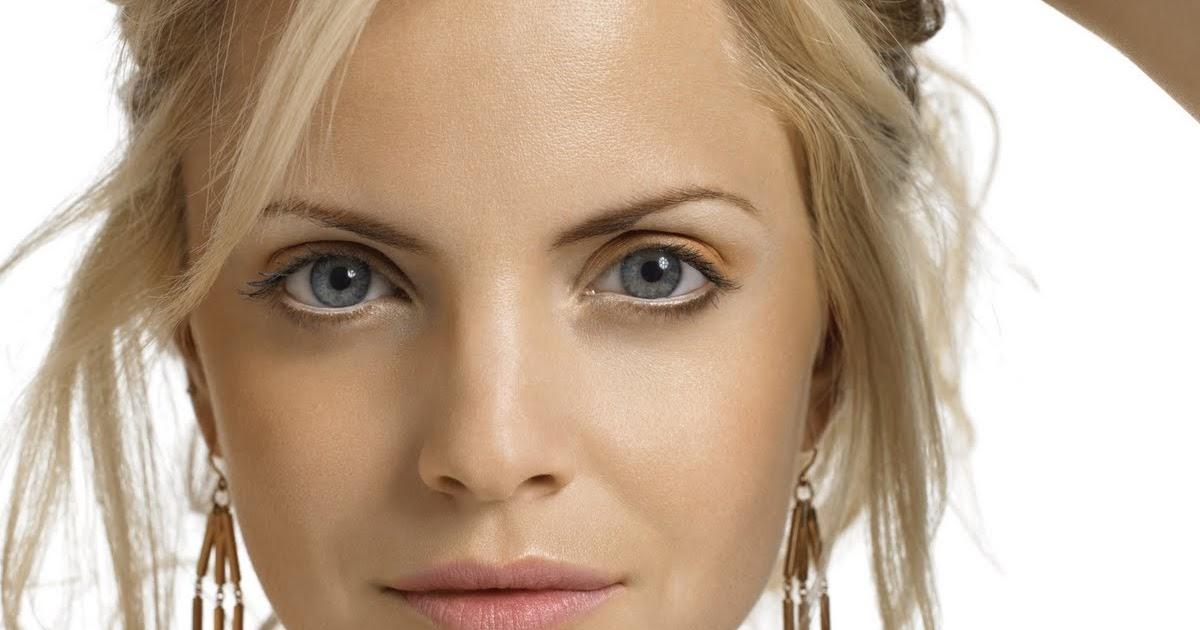 Kafgallery Celebrities Natural Blonde Hairstyles 2012