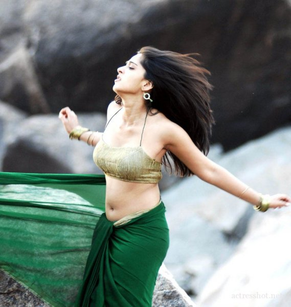 Anushka-shetty-Hot-Photos-t6jrtmj775.jpg