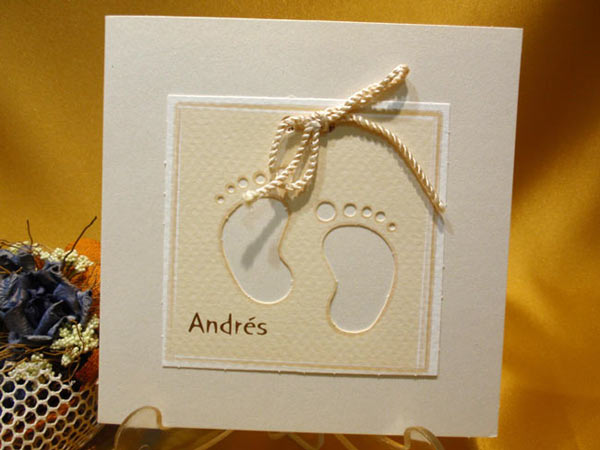 Invitación piecitos baby shower