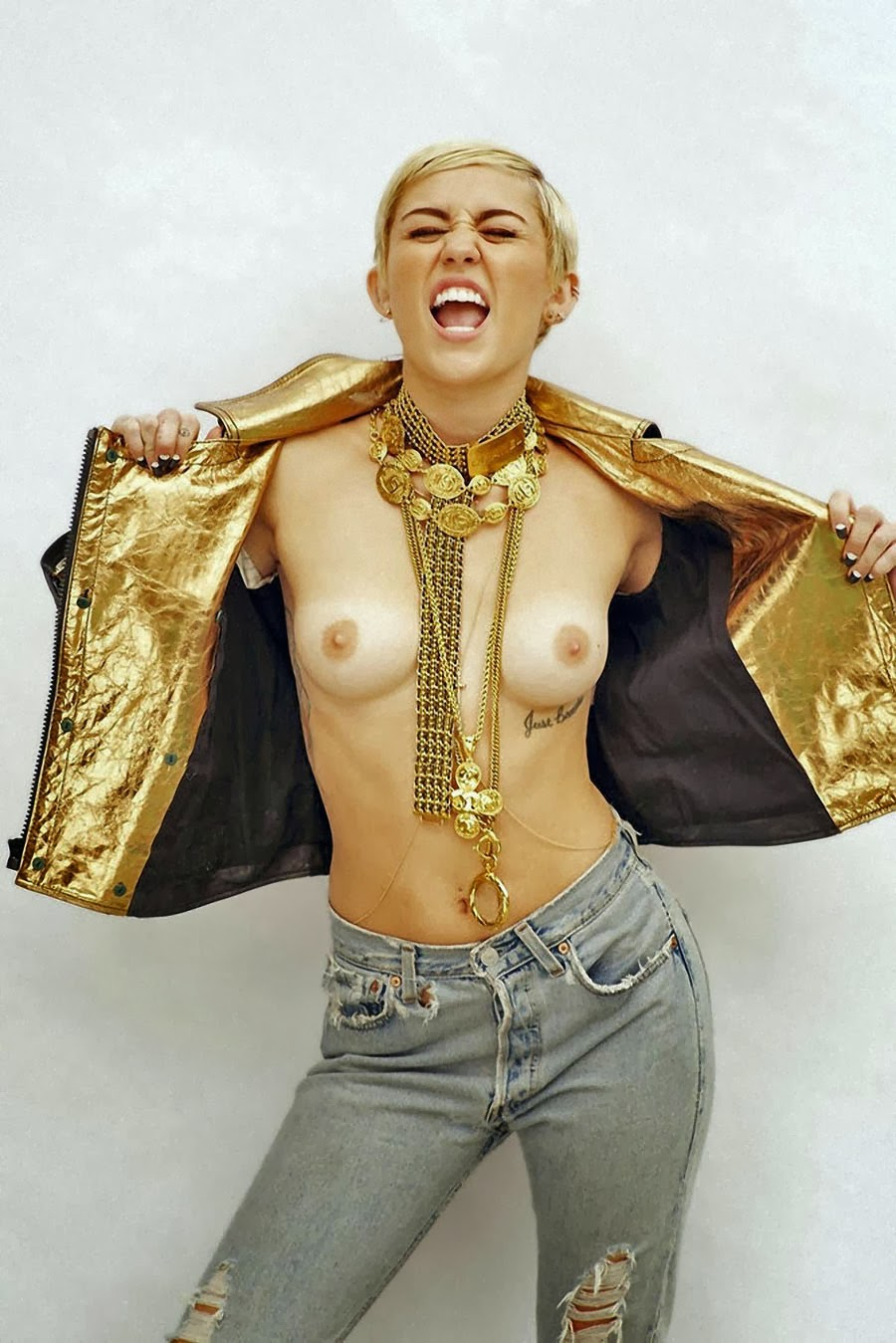 Nude Miley Cyrus Naked Pussy
