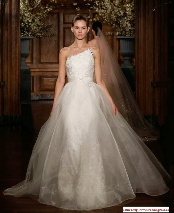 Une très belle robe de mariée 2014