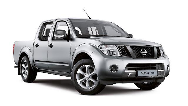New Nissan Navara Visia front