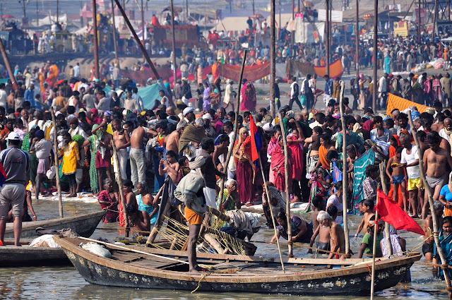 Kumbh mela 2013 ganga allahabad bathing ghats