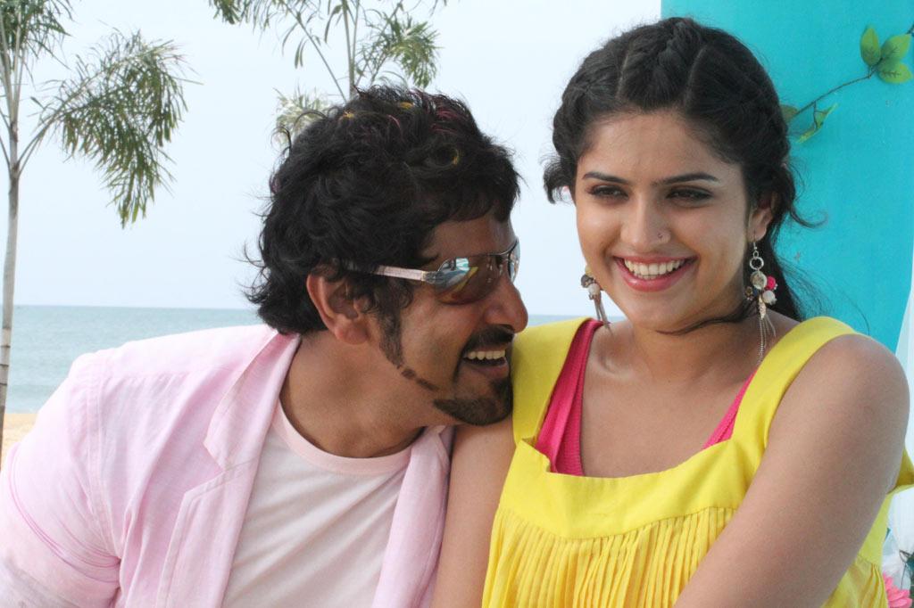 Rajapattai Movie Vikram Deeksha Seth Latest New Stills ...
