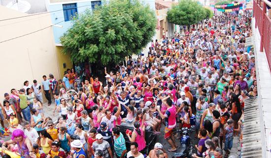 Resultado de imagem para fotos do carnaval de ouro branco rn