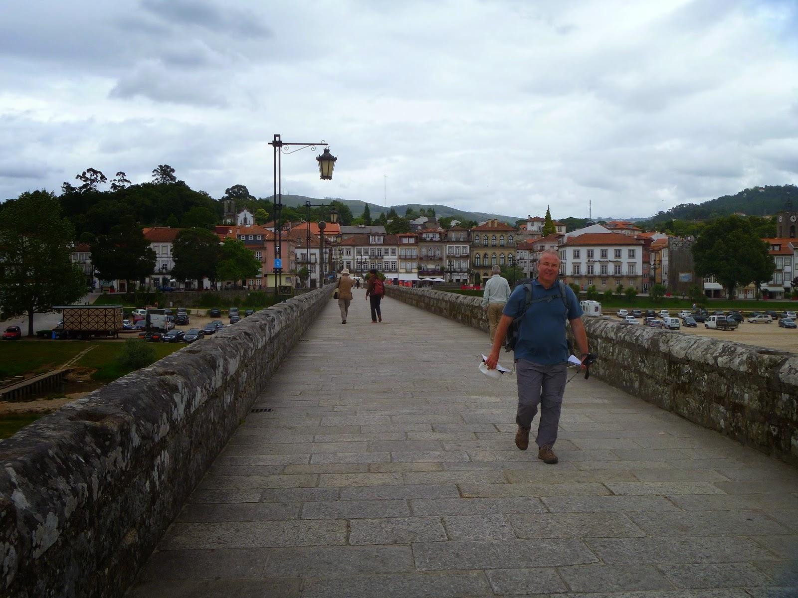 Su strade e sentieri camino torres 15 tappa braga for Camino sul ponte rialzato