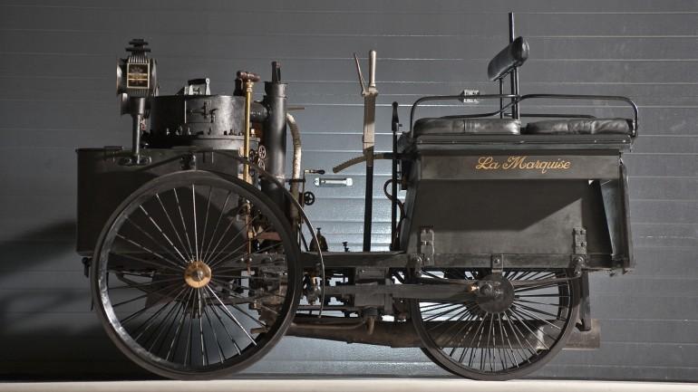De Dion Bouton Et Trepardoux Dos-A-Dos Stim Runabout - Kereta tertua di dunia yang masih boleh berjalan akan dilelong