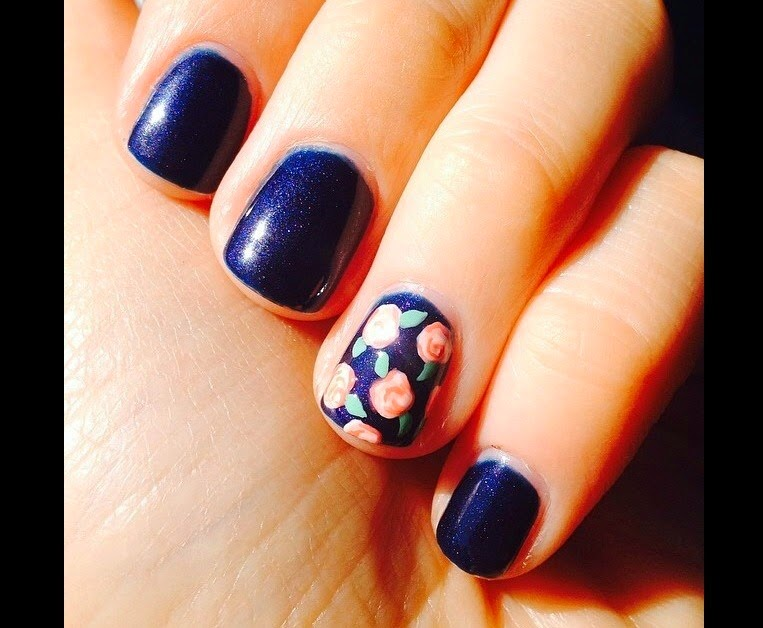 Simple Charm Beauty: OPI Russian Navy Gel Nails