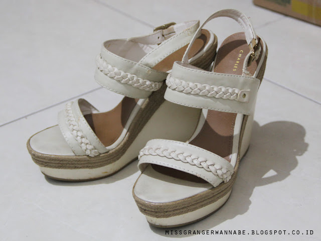 wedges-charles-and-keith