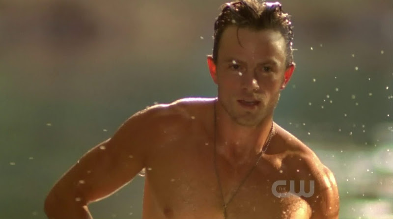Wilson Bethel Shirtless in Hart of Dixie s1e04