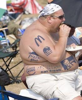 http://1.bp.blogspot.com/-cerdupZAoZ0/UQIgVQiQxzI/AAAAAAAALiE/xuTDu6ZgYAk/s320/tattoos-gone-wrong.jpg
