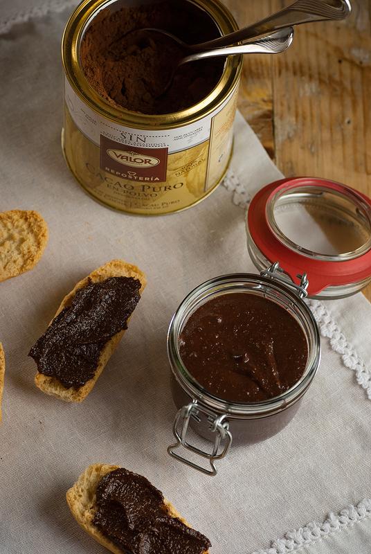 crema de avellanas especiada con cacao