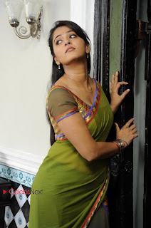 Actress Anushka Latest Pictures from Mirchi  0014