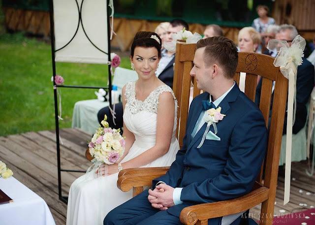 Miętowy komplet ślubny sutasz