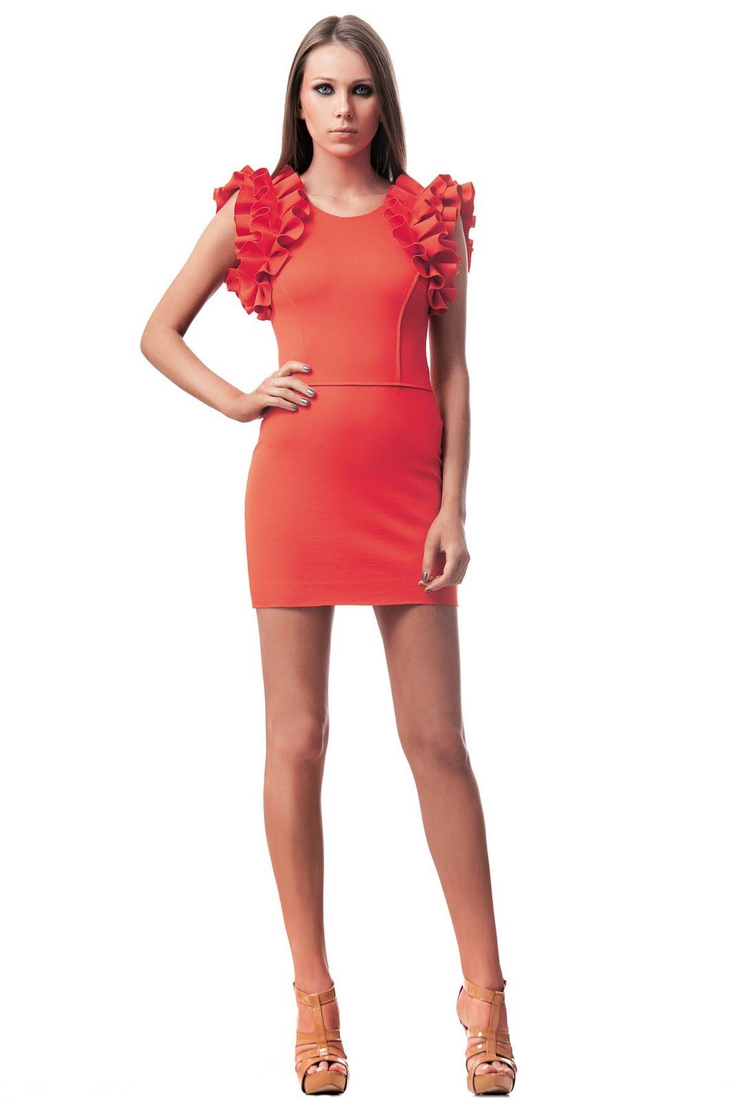 http://1.bp.blogspot.com/-cfaub2y5FJ0/TnFMucJHYHI/AAAAAAAAAOE/TI0wwBznCyA/s1600/Fabulous+Agilita%25CC%2581+coral.jpg