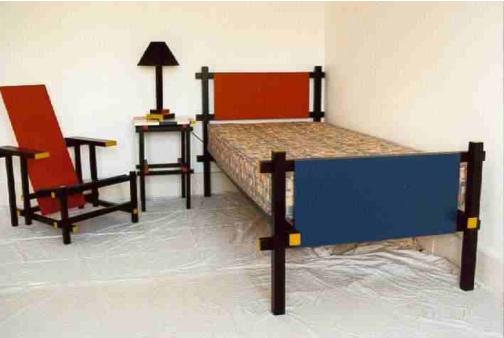 History of art de stijl for La chaise rouge et bleue