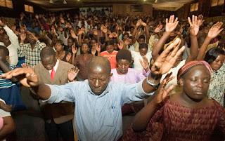 Sekolah Kenya memaksa siswi Muslim menghadiri kebaktian gereja
