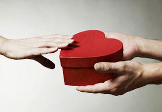 Quà tặng xuất phát từ trái tim sẽ đến được với trái tim - CayPhaLe.com
