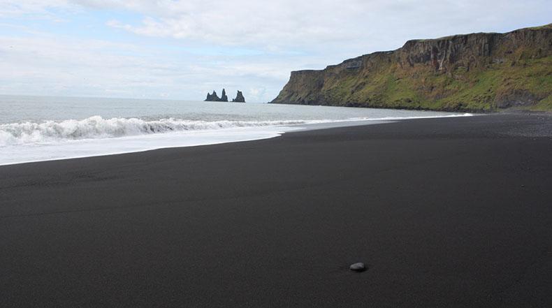 La playa de arena negra de Vik