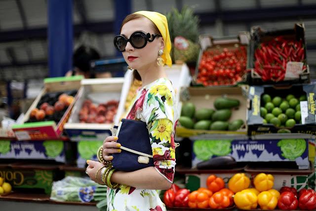 My onion & flower dress - FashionBuro