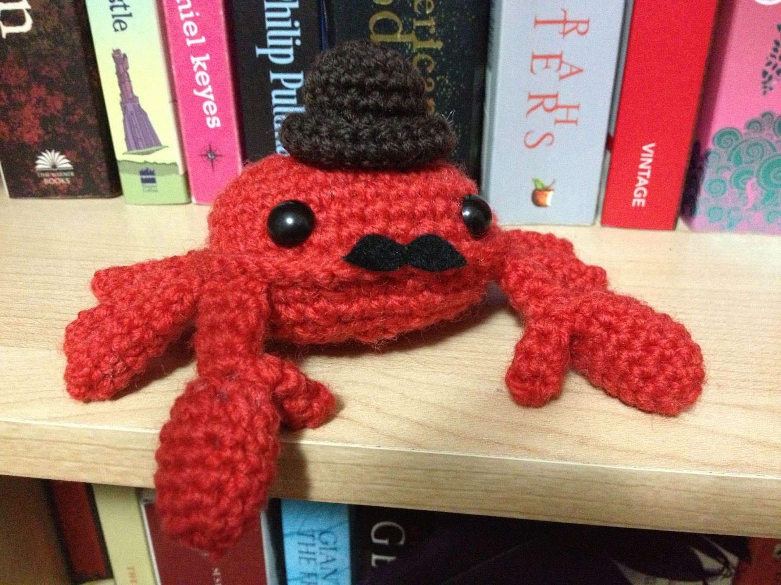 We Can Have Everything!: Craft: Crochet Crab + A Tiny Hat Pattern!