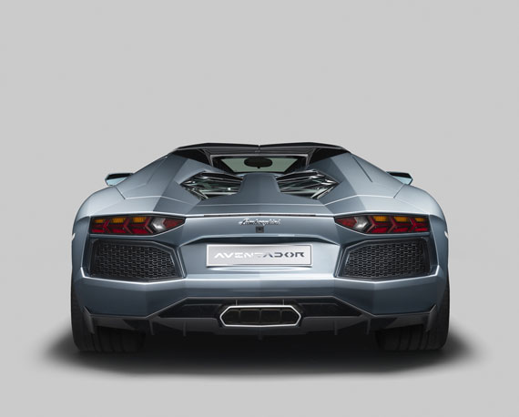 Lamborghini Aventador LP 700-4 Roadster rear