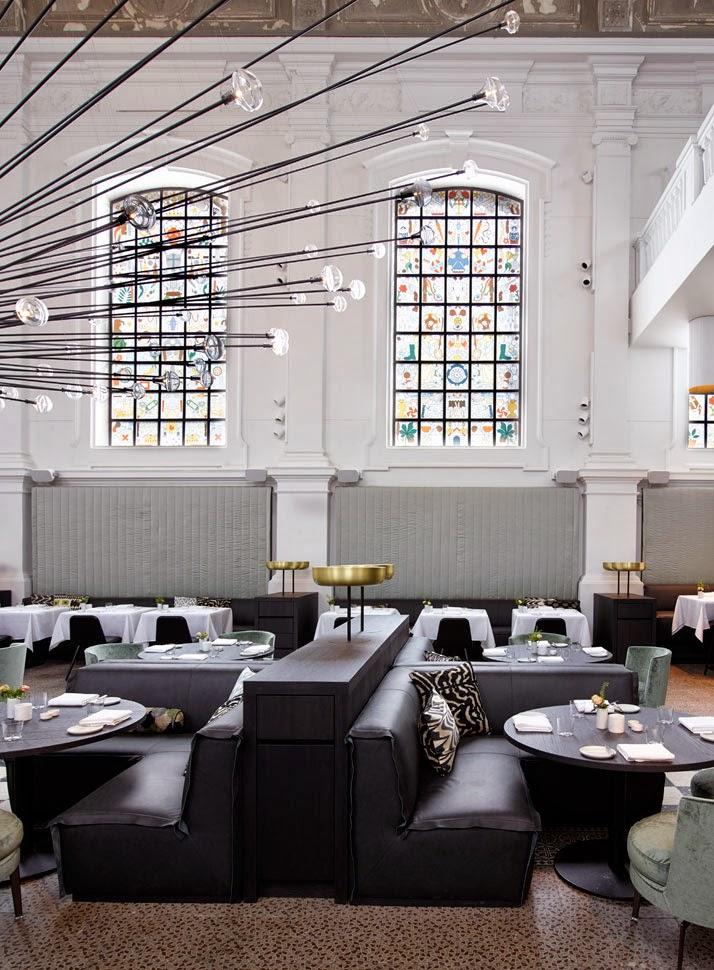 Una iglesia transformada en restaurante en Amberes2
