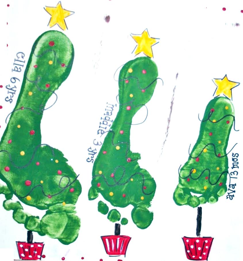 Rvore de natal com carimbo das m os e p s pra gente mi da for Mural sobre o natal