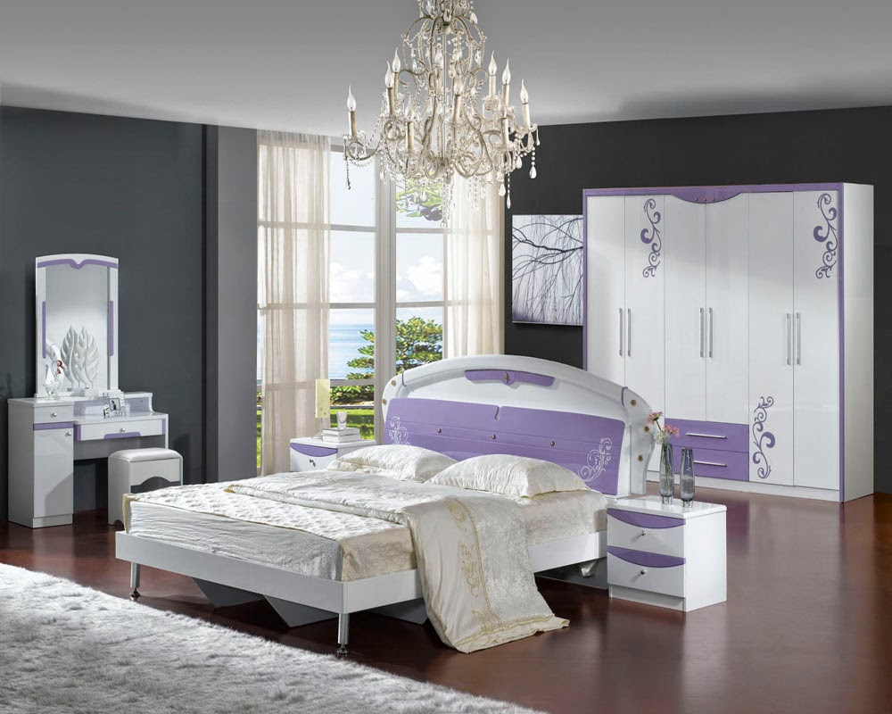 Purple and lavender bedroom bedroom ideas for Chambre a coucher york