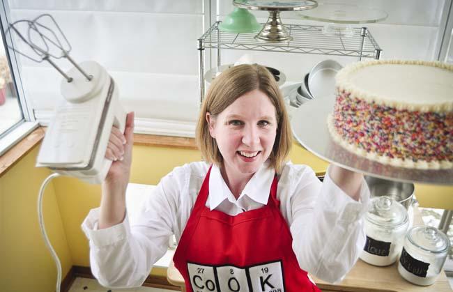 Beki Cook s Cake Blog: Fall Cake Decorating Classes -- Don ...