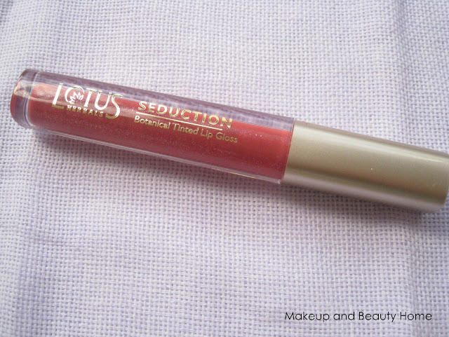 Lotus Herbals Seduction Botanical Tinted Lip Gloss in #33 Berry Smoothie Review
