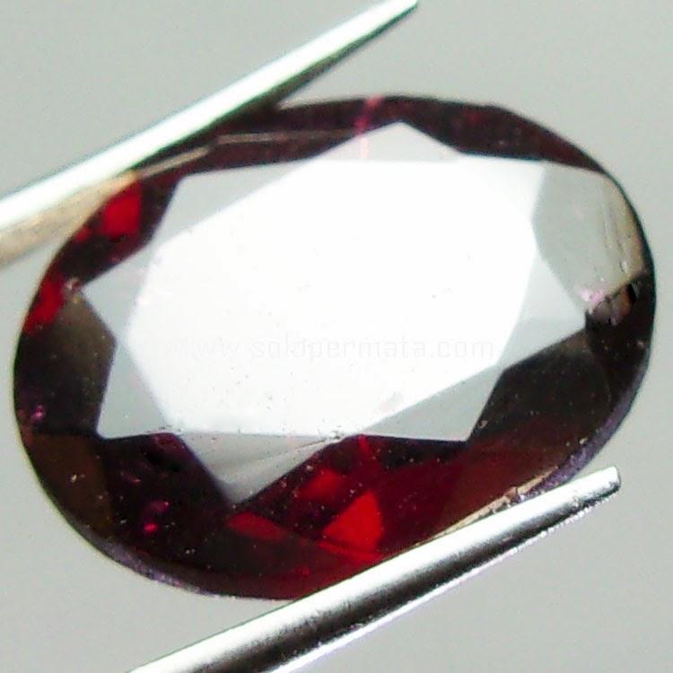 Batu Permata Red garnet - 23A02