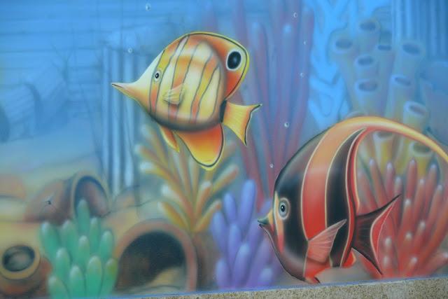 Malowanie obrazu na ścianie, aranżacja ścian na basenie, malowanaie rafy koralowej, Warszawa