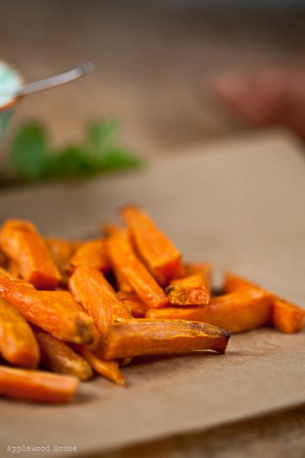 Süßkartoffel mit Saure sahne dip