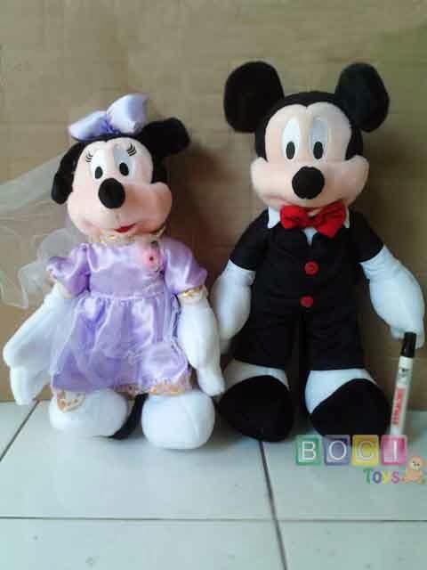 boneka wedding tazmania holidays oo
