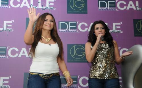 FARANDULA DIVERTIDA: Jackie Guerrido Promueve Línea De Jeans En