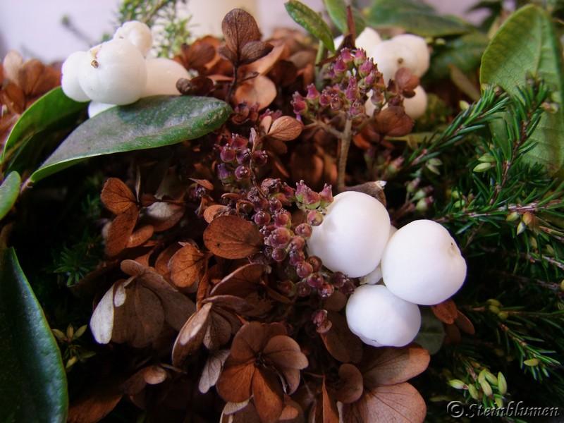 Herbstkranz in weiß braun