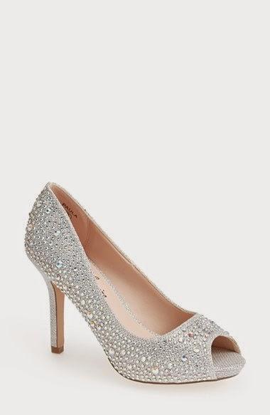 lauren lorraine paula, kitten heel, wedding shoe