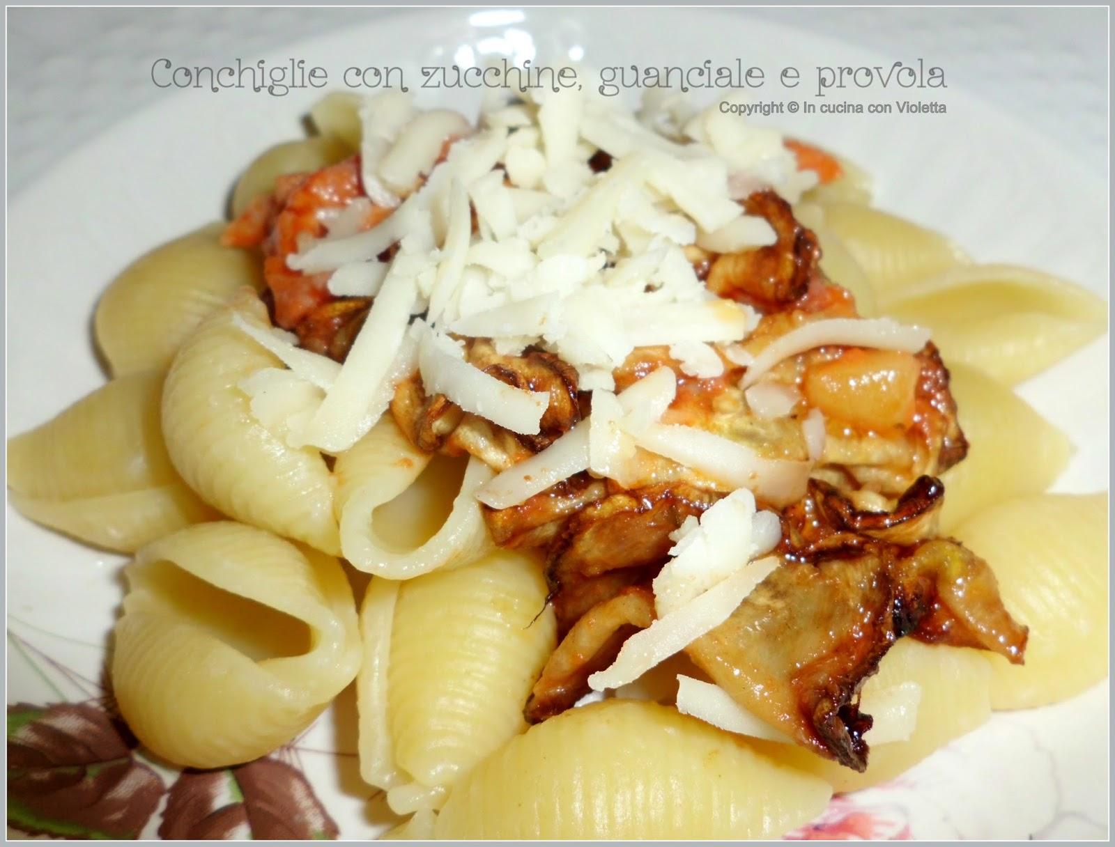 ... con zucchine, guanciale e provola Copyright © In cucina con Violetta