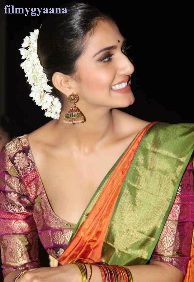 vaani kapoor latest hot photos in saree