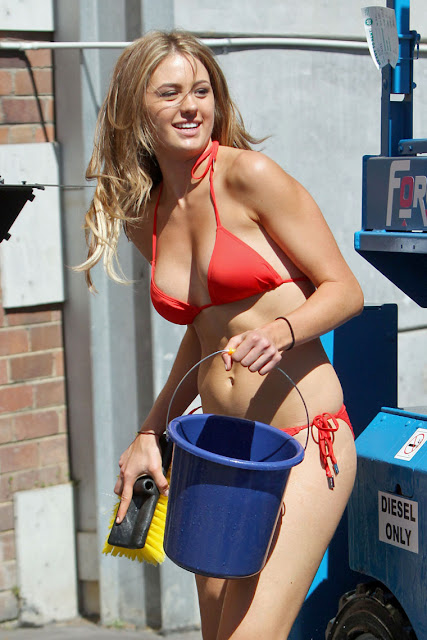 Hot Babe Jesinta Campbell's Bikini Car Wash Candids
