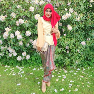 Foto Baju Batik Dian Pelangi