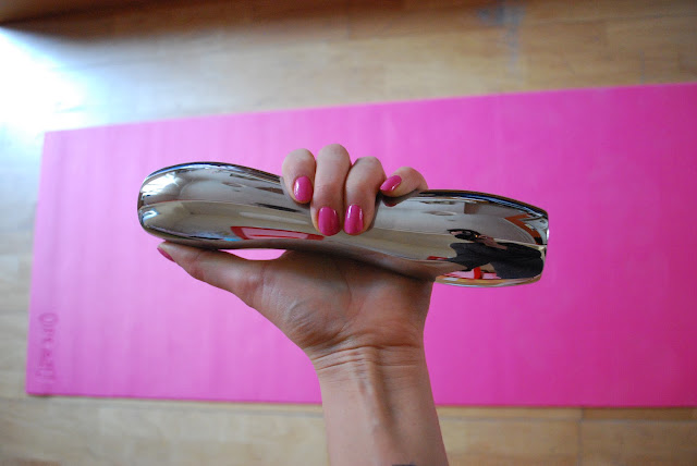dumbbells, philippe starck, alias, design, workout, pink nails, basic pilates workout, spring