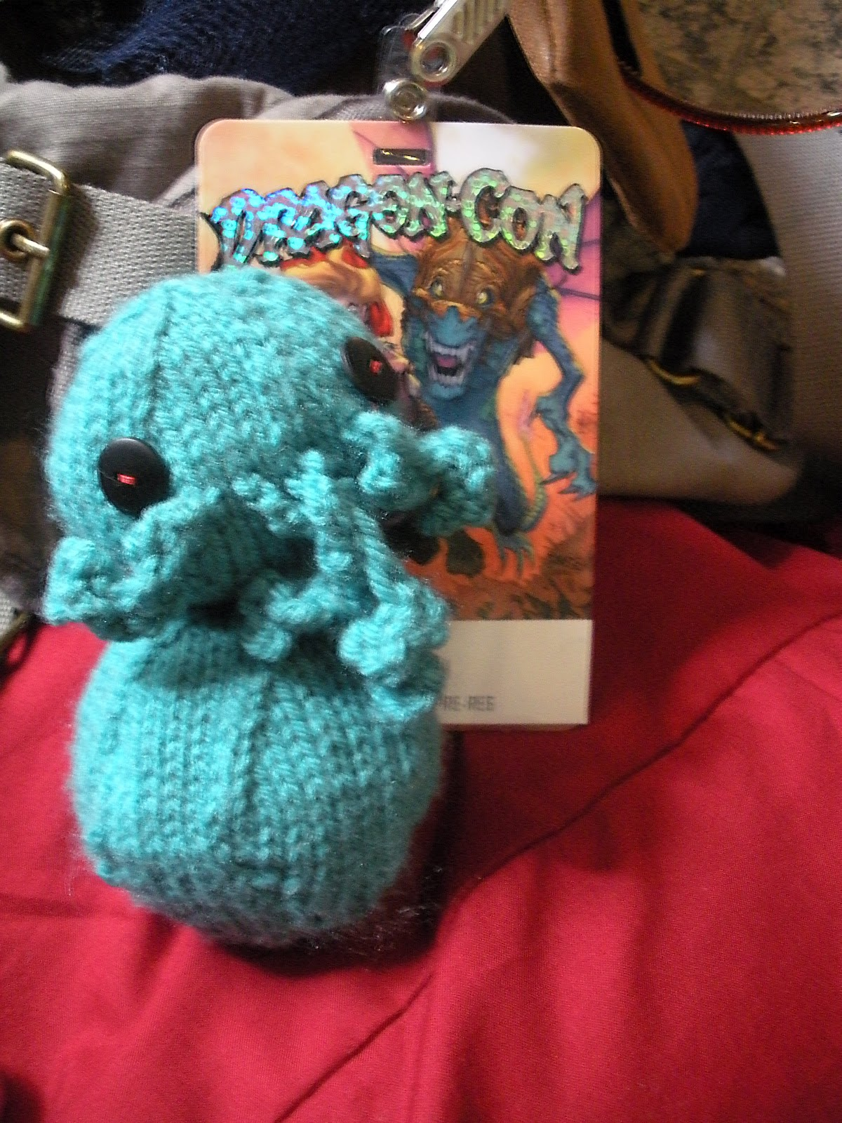 Knitting Zombies : Zombies knitting and time well wasted knit cthulhu