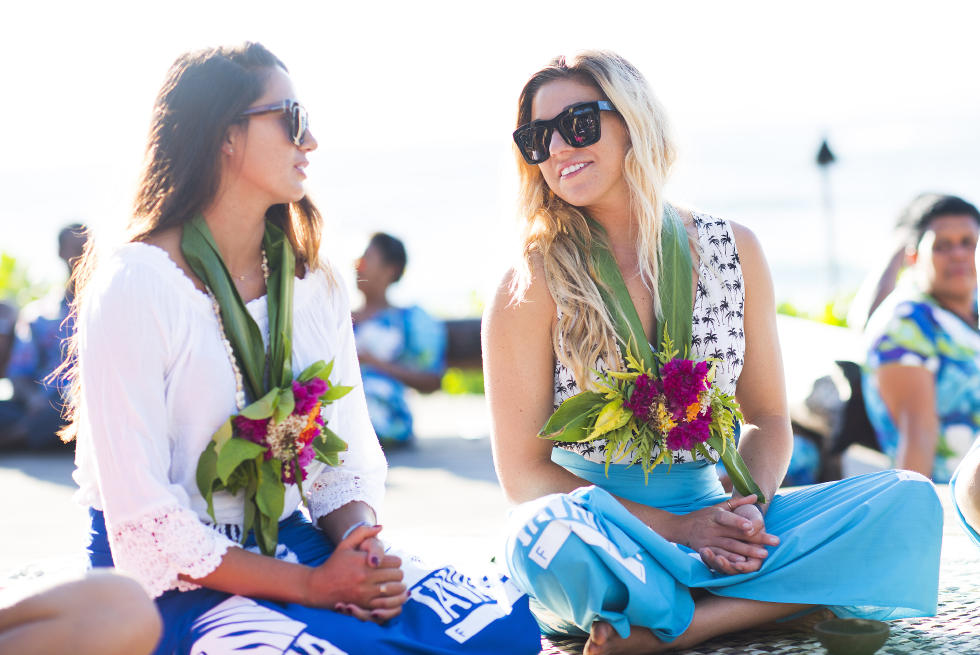 28 Malia Manuel and Coco Ho 2015 Fiji Womens Pro Fotos WSL Kirstin