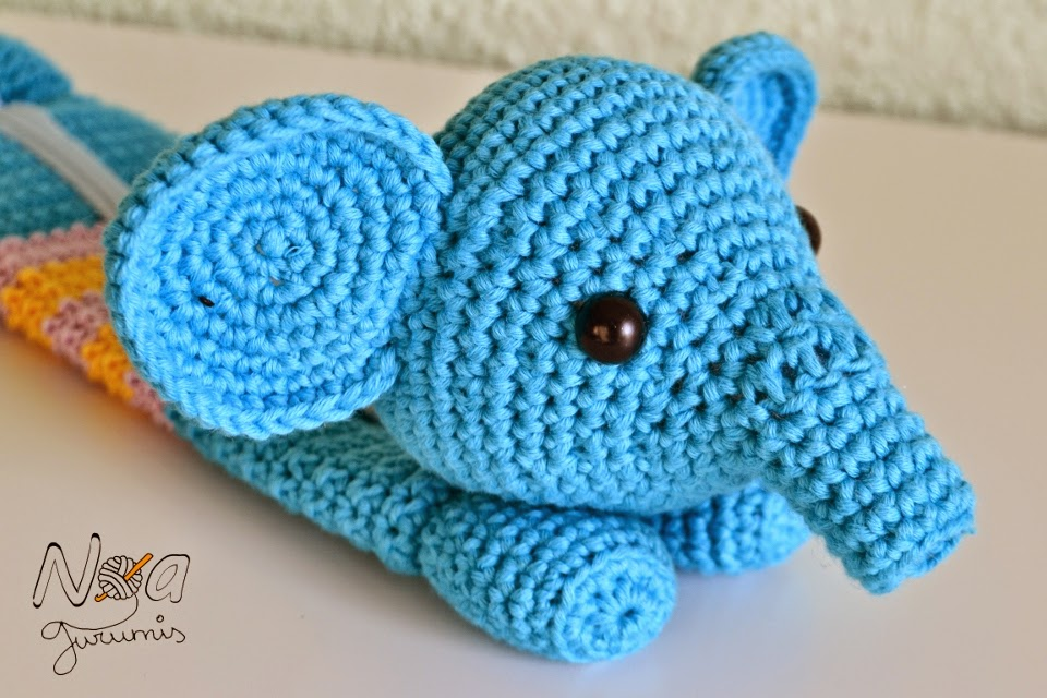 http://www.noagurumis.com/2014/09/estuches-bestiales-elefante.html