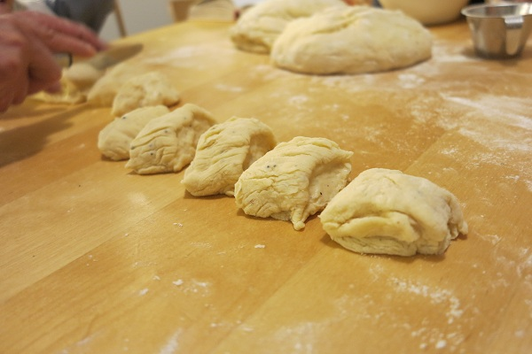 pullien leipominen