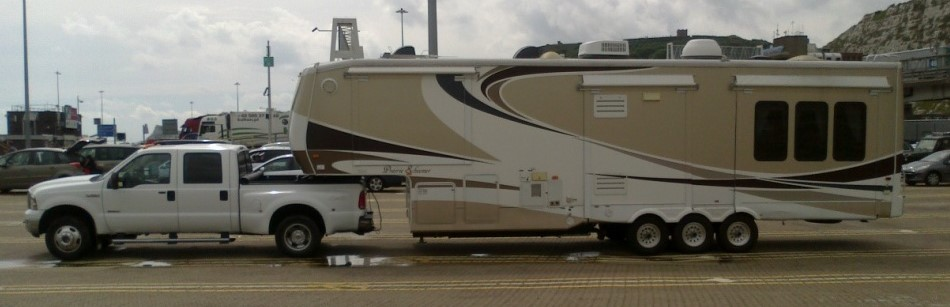 European transport, towing, delivery, storage (Costa Blanca, Spain). 5th wheels, RVs and caravans.