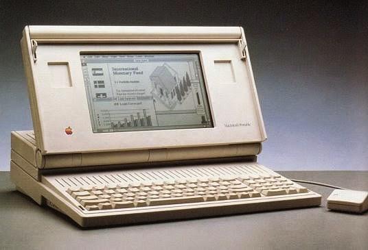 Apesar de inovador, o Macintosh Portable era um produto caro que não teve muito sucesso no mercado